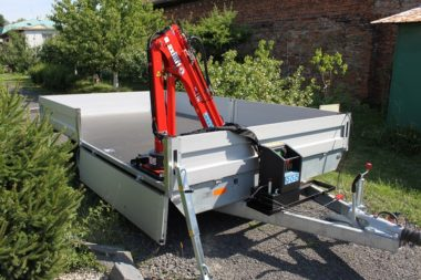 Přívěs s hydraulickým jeřábem Maxilift ML 110.3